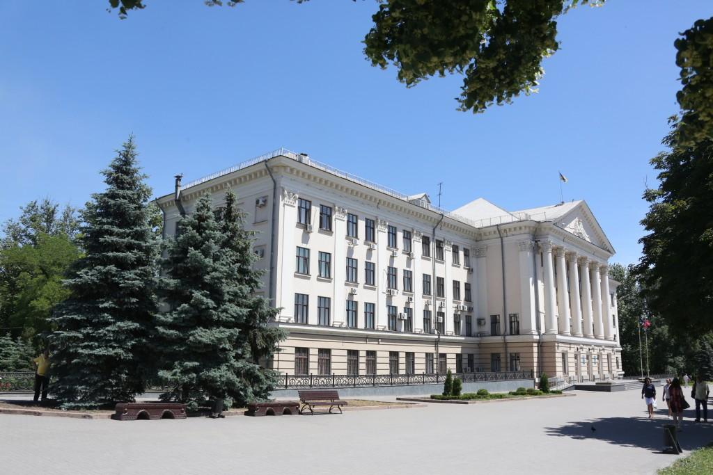 В Запорожье депутаты не смогли лишить русский язык статуса регионального